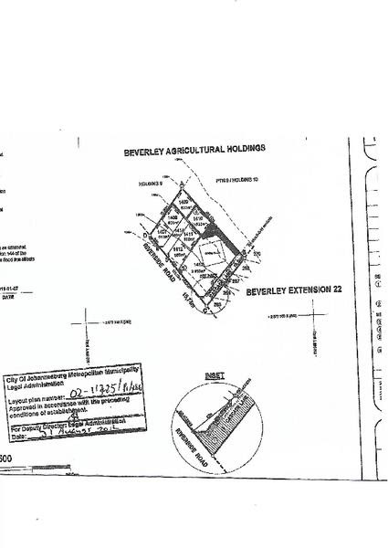 Beautiful portion of land with approval for 6 subdivided portions in Beverley/Lonehill.