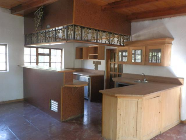 Property For Sale in Mnandi, Centurion 4