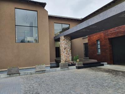 House For Sale in Lanseria, Randburg