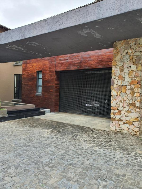 Property For Sale in Lanseria, Randburg 10