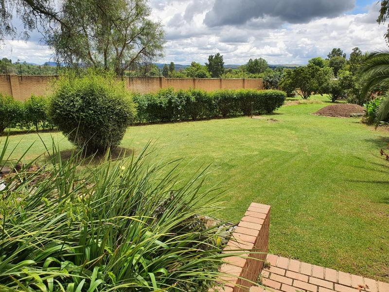 Property For Sale in Lanseria, Randburg 18